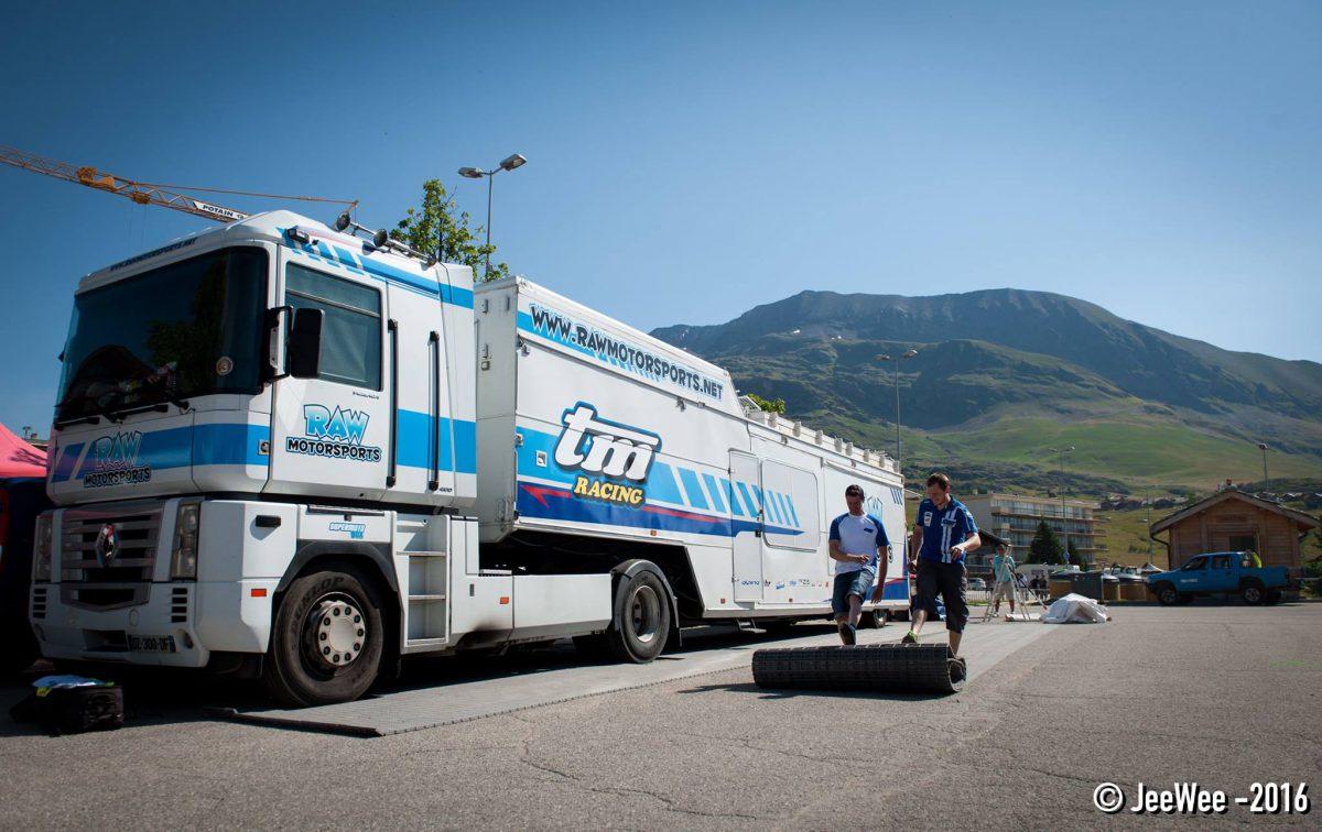 camion-tm-racing-sous-c-99